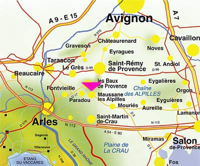 The Alpilles. Map from www.fontvieiille.alpilles.com